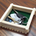 How to make a trinket box from craft sticks.